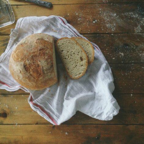 slow-living-sourdough-bread