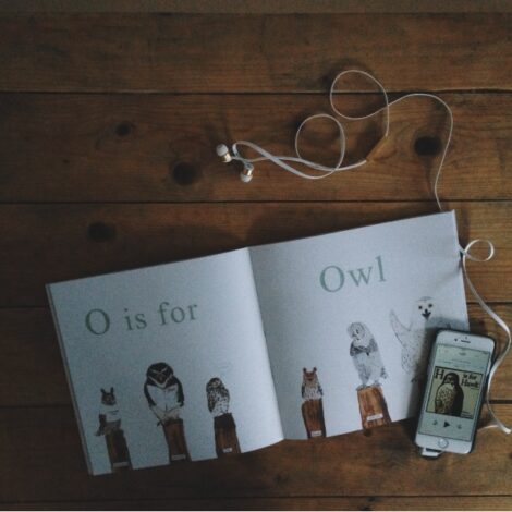 parent child book review - h is for hawk